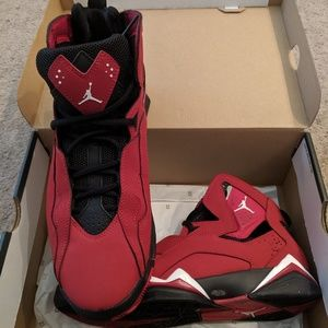 Jordan True Flight